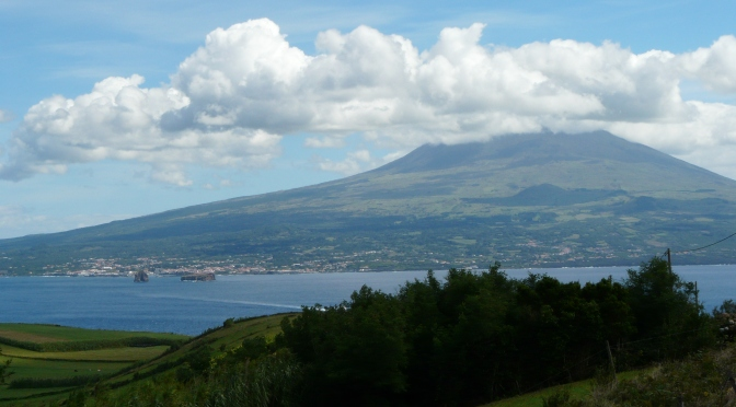 Faial and Pico. Volcanic island Vacations
